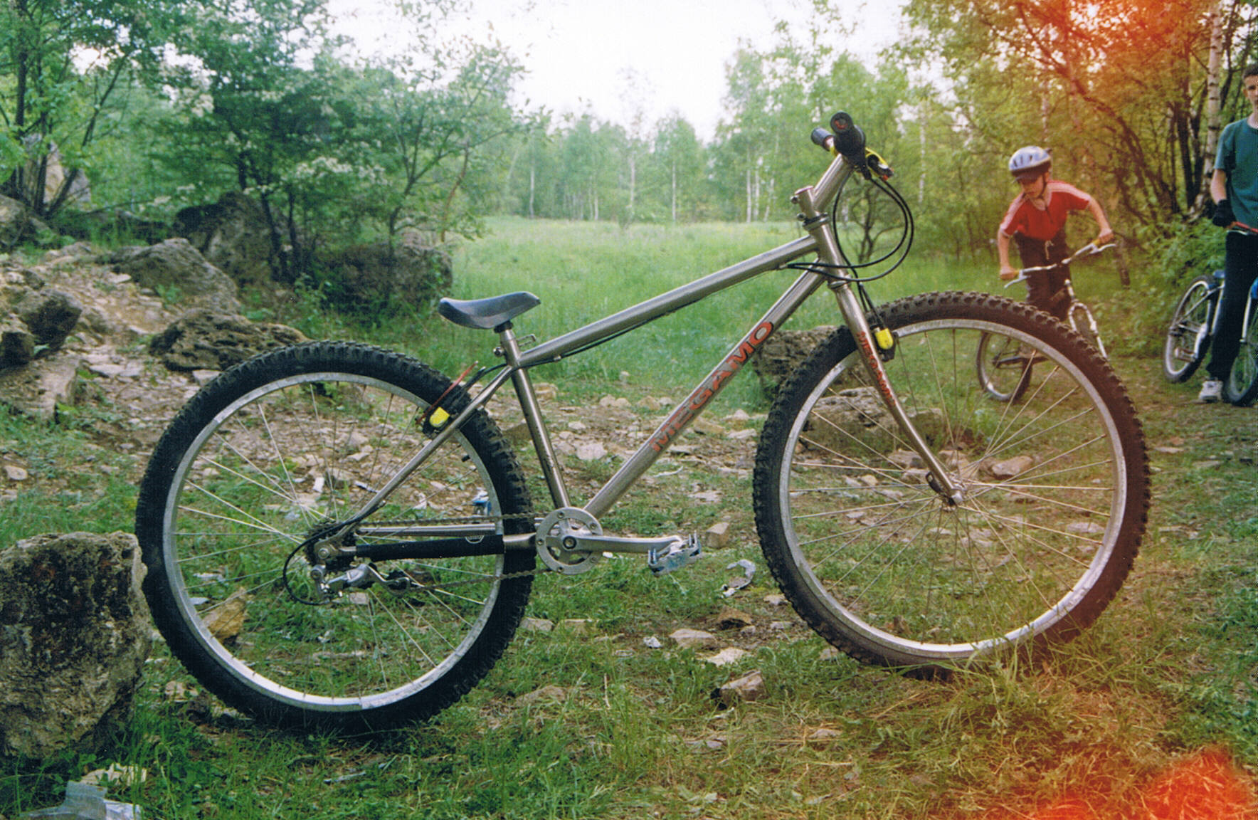 2001-Megamo-stock-Rafal-K-btbike.jpg